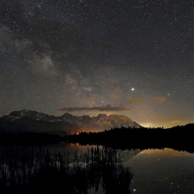 August 19, Volker Siesenop, Sternenhimmel über dem Karwendel