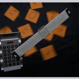 """""""JETZT-KANN-JEDER-RECHNEN"""", von Lothar Heintz DC-G9,-1/13 s,-f4-ISO100-24mm"""