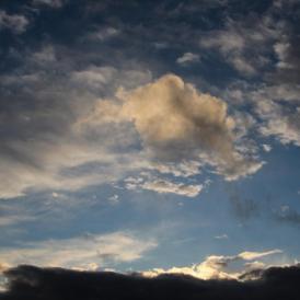 """""""Wolken I""""- , von Friedhelm Kuetz Canon 600 - 1/500s - f/11 - ISO 100 - 32mm"""