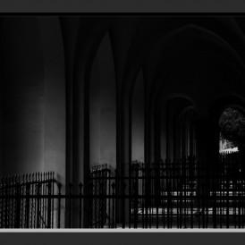 """""""Ort derTrauer""""- , von Hartmut Huebenthal Nikon D 5600 - 1/20s - f/13 - ISO 400 - 35mm"""